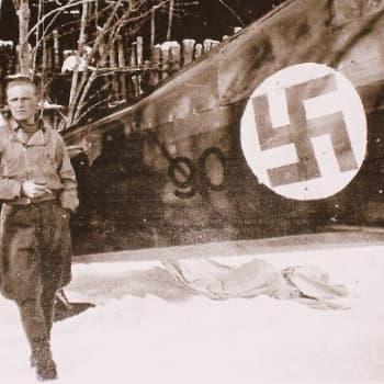 YLE Etelä-Karjala: Lentäjä-ässä Aimo Vahvelainen muistelee jatkosodan ilmataisteluita
