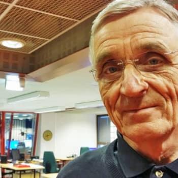YLE Kainuu: Raine Narvan isä oli TK-mies ja jätti puuarkkuun ennennäkemättömiä kuvia Rukajärveltä