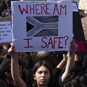 Flera mord på kvinnor skakade Sydafrika när coronarestriktionerna lättade