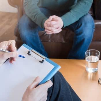 Korttidspsykoterapi ska hjälpa patienter med lindriga psykiska besvär