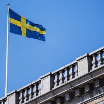 Sverige inför folksamlingsgräns på max åtta personer