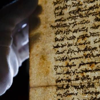 Kuka kirjoitti 1600-luvun suomen kielen kieliopin?