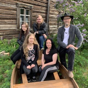 Sielulintu-yhtye ammentaa luonnosta ja Kymenlaakson historiasta
