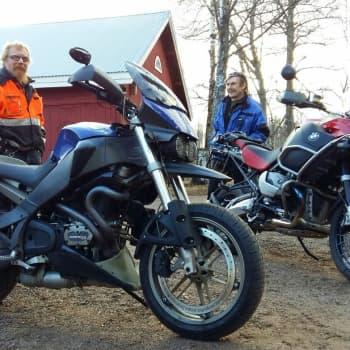Radio Suomi Kotka: Moottoripyöräily on koko perheen harrastus Korjuksille