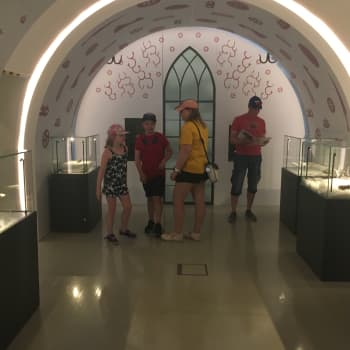 Haminan museon uudessa perusnäyttelyssä kuljetaan esihistoriasta 1800-luvulle