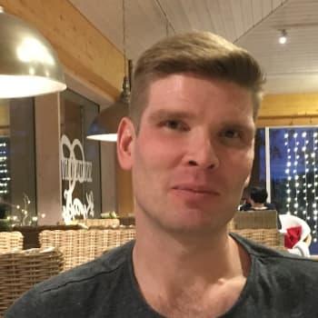YLE Kymenlaakso: Toppari Tuomas Aho aikoo käydä pyörähtämässä MyPan treeneissä