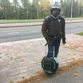 Carl Irjala vaihtoi auton tasapainopyörään