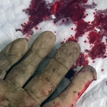 Koneiden ruhjomat kädet