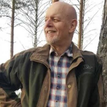 Metsäradio.: Puuteollisuuden palveluksessa yli 40 vuotta