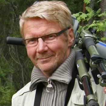 Metsäradio.: Pirkka-Pekka Peteliuksen metsäretket