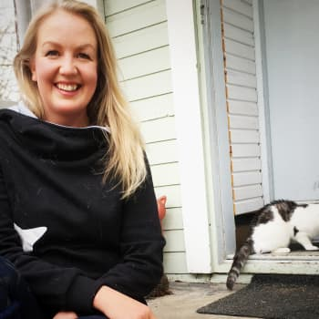 """Eläintenkouluttaja: """"Lemmikkejä hankitaan heppoisin perustein"""" - lemmikin pito sitoo omistajansa korona-ajan jälkeenkin"""