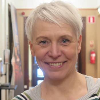 50 vuotta täyttävä näyttelijä Mari Turunen tahtoo olla siisti pukuhuonekaveri ja leppoisa työryhmän jäsen