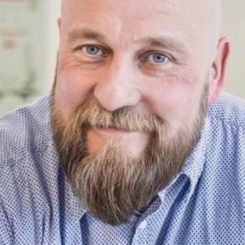 Väkivaltarikollisesta hyväntekijäksi - Pekka Matilainen halveksi ennen heikompiaan, mutta käyttää nyt päivänsä auttamiseen