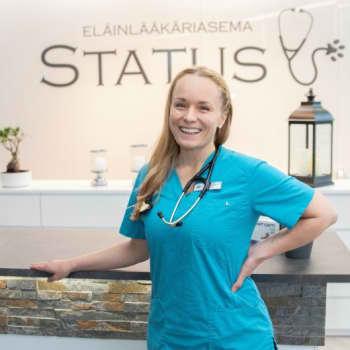 Eläinlääkäri Saara Hiippala hoitaa Australian metsäpalojen uhreja