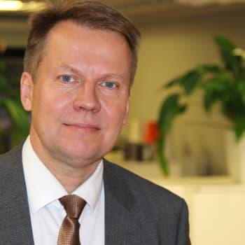 Radio Suomi Tampere: Kansanedustaja Harri Jaskari näyttää ratikalle vihreää valoa