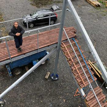 Kyläläisten voimannäyte: Pohjaslahden näkötorni kohoaa 222 metriin merenpinnan yläpuolelle