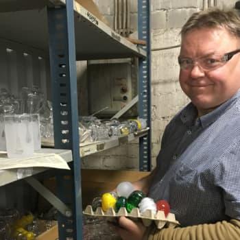 Huippukokki Markus Aremo opiskelee lasinpuhaltajaksi