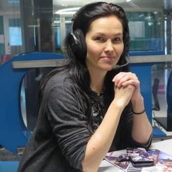 Mentalisti Jenni Sofia manipuloi ihmisten mieliä työkseen, mutta on itse helposti huijattavissa