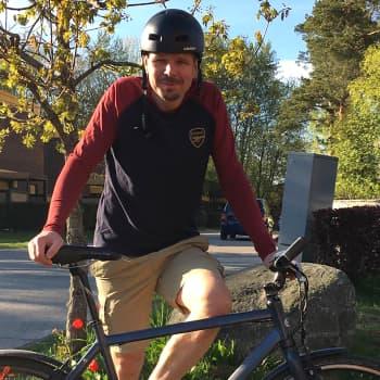 Näyttelijä Tommi Taurula on intohimoinen pyöräilijä - löysin Jippo taittopyörän Salattujen elämien jätelavalta