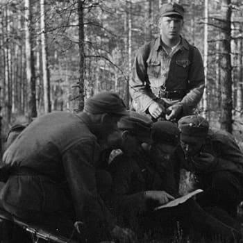 Sotilaiden äänet: Sotilaat kertovat: luutnantti Antti Hintsanen JR49