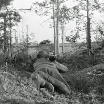Sotilaiden äänet: Sotilaat kertovat: ylikersantti Jussi Mäenpää ErP 28