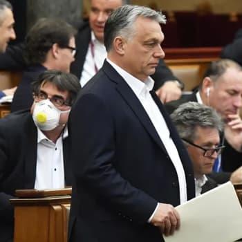 """Unkarissa tekeillä koronan varjolla uudet lait - nyt jo pidätetty ihmisiä """"pelon lietsonnasta"""""""