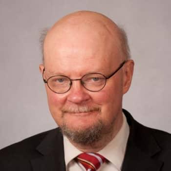 Politiikkaradio: Osmo Soininvaara (vihr): Ruuan arvonlisäveron alennus oli verotulojen tuhlaamista