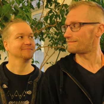 Radio Suomi Hämeenlinna: Nummisuutarit on ikiaikainen tarina positiivisesta hulluudesta, rehellisyydestä ja rakkauden kaipuusta