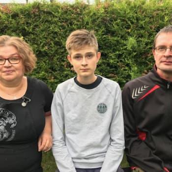 Laasalan perhe on elänyt migreenin kanssa vuosien ajan - apua kannattaa pyytää