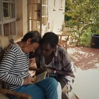 YLE Häme: Hyvästi Afrikka-elokuva kertoo Riitta Kujala Uganda-kommenuksen viime hetkistä
