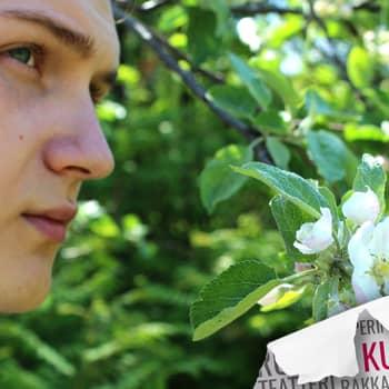 Kultakuume: Runoilija Erkka Frilander mietti kirjoittaessaan yksin jääneen kiusatun ihmisen kasvoja