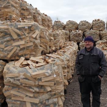 Alle 25% vettä puupilkkeessä on kuivan polttopuun raja