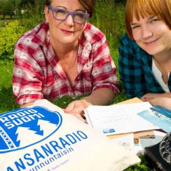 Kansanradio.: Voitelua ja Finnairia