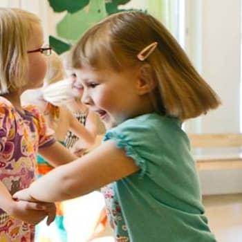 Perheen aika: Leikki ei ole lapselle leikkiä, vaan täyttä totta