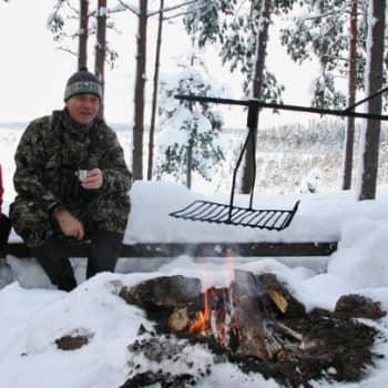 Luonto-Suomi.: Pakkaspäivä Siikanevalla 1.2.2012