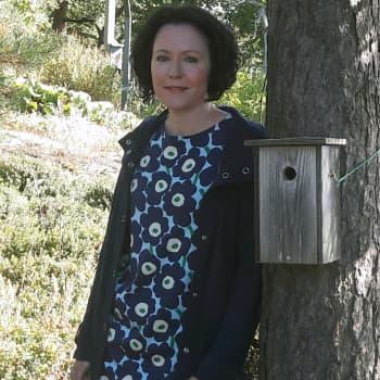 Jenni Haukio valitsi luontorunokilpailun voittajan