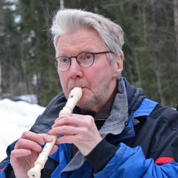 Luonto-Suomi.: Varpuspöllön vihellys kaikuu metsässä