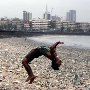 Hyvä vai paha muovi? Mitä muovi on ja mitä se tekee sekä terveydellemme että ympäristölle?