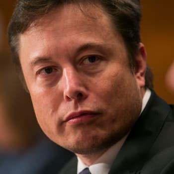 Haluaisitko ladata itseesi lisäominaisuuksia? Tällaisen mahdollisuuden Elon Musk haluaa meille kehittää