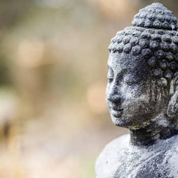 Itämainen syklinen aikakäsitys ankkuroituu ajatukseen jälleensyntymästä