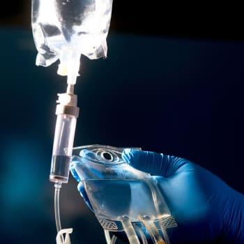 Löytyykö koronatoipilaiden veriplasmasta apu Wuhanista karanneeseen koronavirukseen?