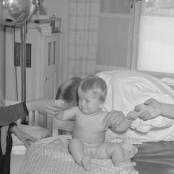 Tiedeykkönen: Neuvoloiden historiaa - 100 vuotta sitten joka kahdeksas vauva kuoli