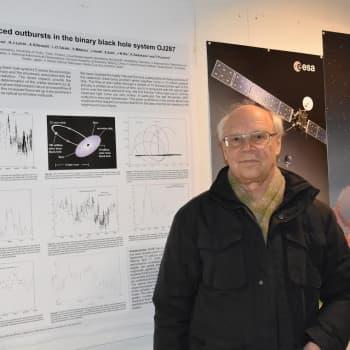 Tiedeykkönen: Jättimäisen mustan aukon pyörimisnopeus ja massa on mitattu tarkemmin kuin koskaan aiemmin - Jupiter loistaa yhä tähtitaivaalla