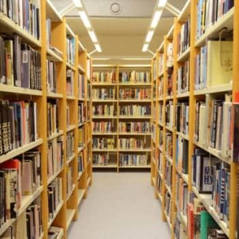 Kirjakerho: Kirjasto aavistaa missä asut ja mitä luet