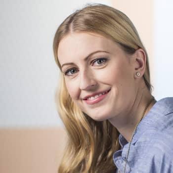 Kirjakerho: Romaniasta ja Suomesta, rakkaudella - Christina Sandun kirjassa on kaksi kotimaata