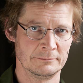 Kirjakerho: Juha Hurme ja teos Niemi voitti Finlandia-palkinnon