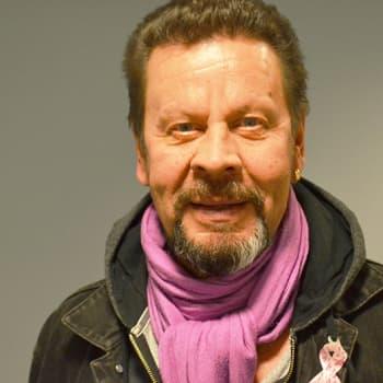 """Puheen Iltapäivä: Pate Mustajärvi: """"En vieläkään tee viisivuotissuunnitelmia"""""""