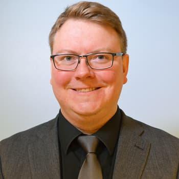 Puheen Iltapäivä: Vieraana kirjailija Mikko Porvali