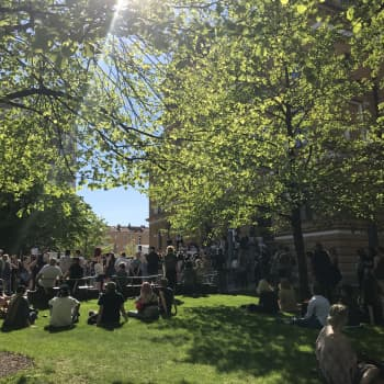 Oulussa järjestettiin kaksi rasismin vastaista mielenosoitusta
