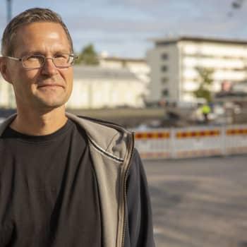 Jyrki Leskelä taivalsi jalan Suomussalmelta Ouluun festariviikonlopun jälkeen – Ultramaraton on miehelle seikkailu